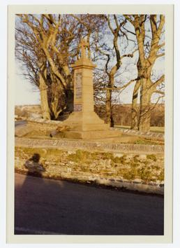 Re-siting of the Santon war memorial