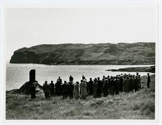 The unveiling of the Cowley memorial, Calf sound