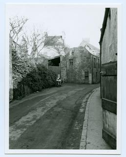 Queen Street, Castletown, looking up towards St Mary's…