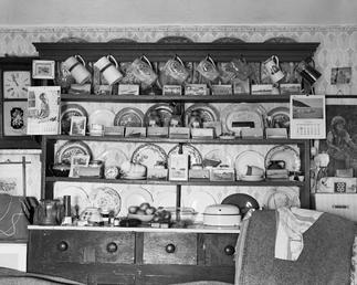 Cottage dresser, Surby