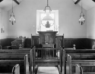 Curraghs' chapel