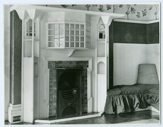 Sitting room, Glencrutchery House, Douglas