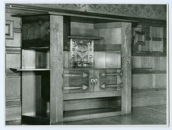 Dining room cabinet, Glencrutchery House, Douglas