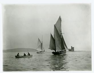 Douglas Bay and shipping