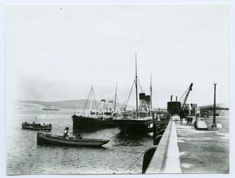 Douglas Outer Harbour and shipping