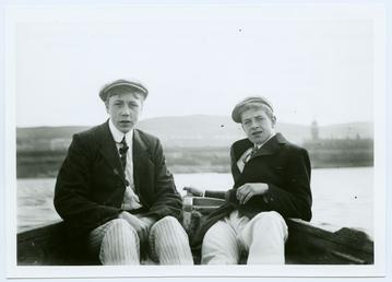 Cunningham's campers in a rowing boat in Douglas…