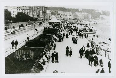 Douglas Promenade opposite the Villa Marina