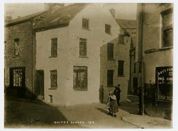 Junction of Barrack Street, Queen Street and Big…