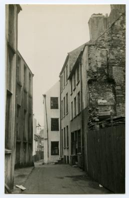 New Bond Street, Douglas