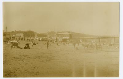 Iron Pier, Douglas