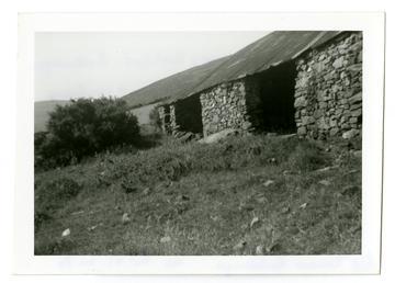 Long shed at Ballacregga