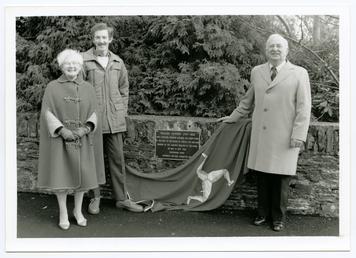 Corony Bridge, Unveiling of Memorial Plaque to William…