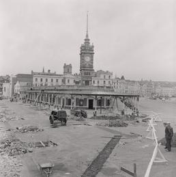 Sea terminal demolition, Douglas pier