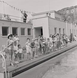 Beach Wear Competition, Peel Swimming Baths