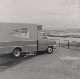 Mannin ice- cream van, Douglas Head