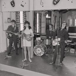 Douglas Head band, Douglas Head Hotel