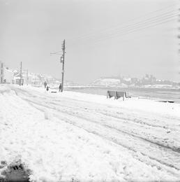 Snow, Peel