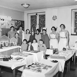 Children at Noble's Hospital, Douglas