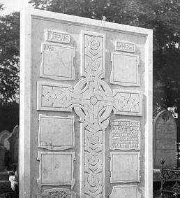 Knox-Style Headstone, Braddan, Isle of Man
