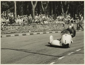 Walter Schneider, driving a BMW sidecar outfit, 1958…