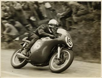Derek Minter aboard Norton (number 16) 1958 Senior…