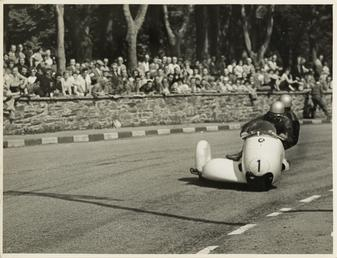 Walter Schneider aboard a BMW sidecar outfit (number…