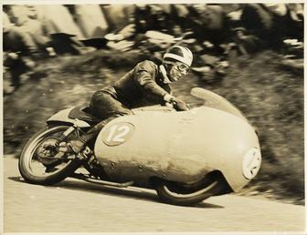 Bill Lomas, TT (Tourist Trophy) rider