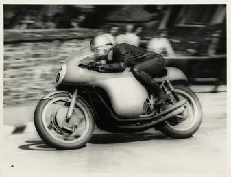 Gary Hocking (MV) on Bray Hill, 1961 Junior…