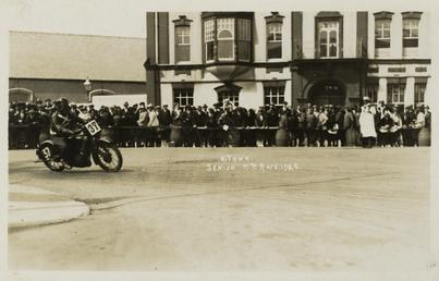 Rider H.Town (number 37), 1925 Senior TT (Tourist…