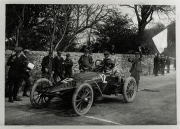 Charles Jarrott in a Wolseley Beetle, 1904 Gordon…