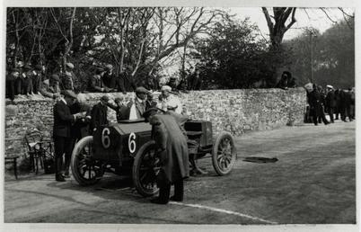 Motorcar no.6 Clifford Earp in a 65hp Napier…