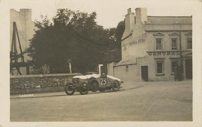 Motorcar no.23 G. Bedford in a Hillman at…