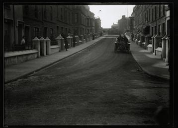Motorcar no.25  M. Bablot, Church Street, Peel, 1906…