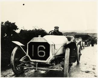 Motorcar no.16 D. Resta Arrol-Johnston at Cronk ny…