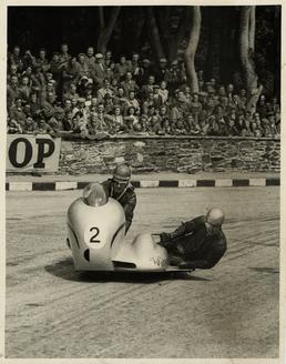 Eric Oliver, Sidecar TT (Tourist Trophy) 1954 Race