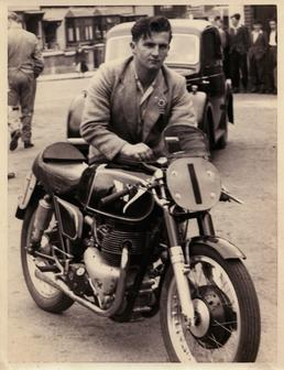 Derek Ennett, Junior TT (Tourist Trophy) and Manx…