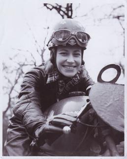 Beryl Swain, 50cc TT (Tourist Trophy) rider