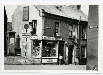 The corner of Castle Street and Market Place…
