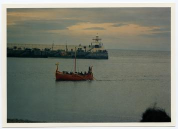Re-enactment of a viking ship coming in