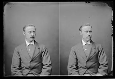Mr M.H. Curtis