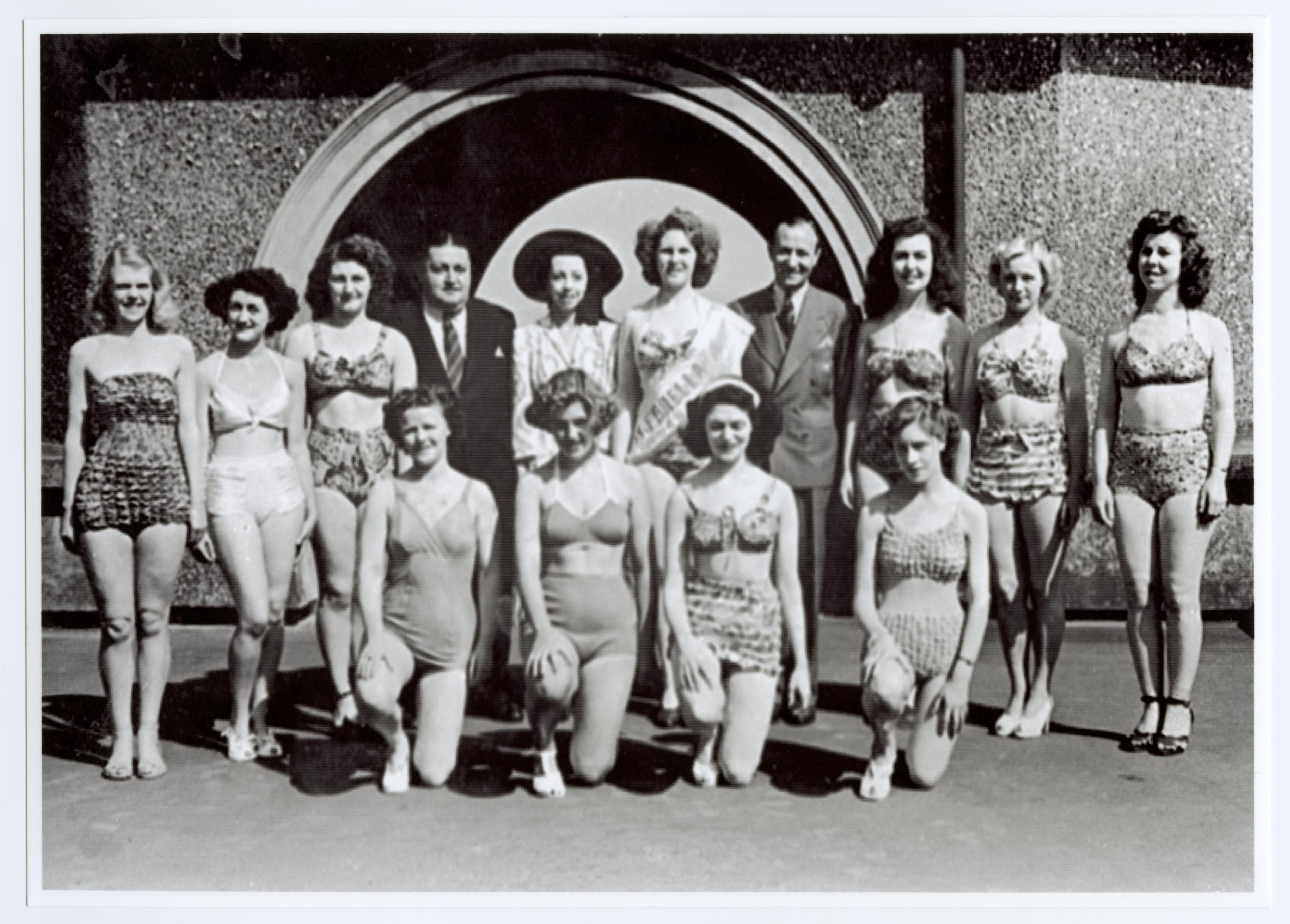 Black And White Man >> Entrants at the 1949 Miss Isle of Man Competition - Photographic Archive - iMuseum