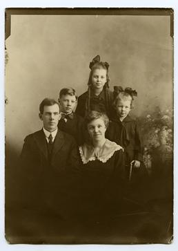 Arthur Richard Roberts, his wife and family