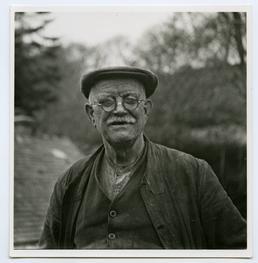 Mr T.W. Stowell