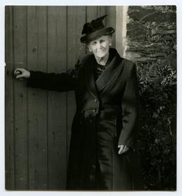 Mrs Christine Watterson (Folk Life Survey)