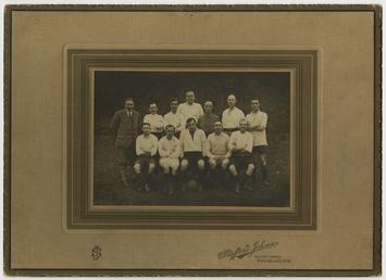 Clergy football team, 1923
