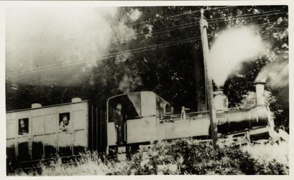 Engine No.2 Derby Locomotive with bogie stock