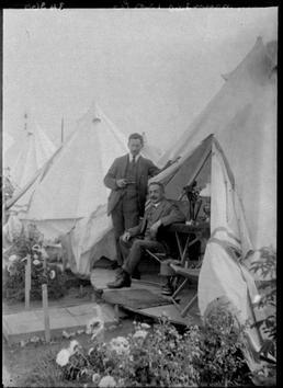 First World War internees inside an internment tent,…