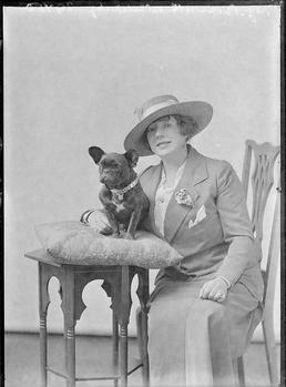 First World War Woman, Isle of Man
